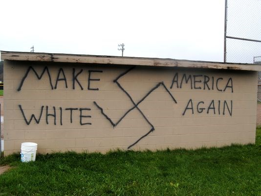 graffiti-trump